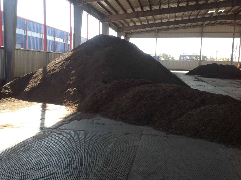 Завод по сортировке и переработке мусора