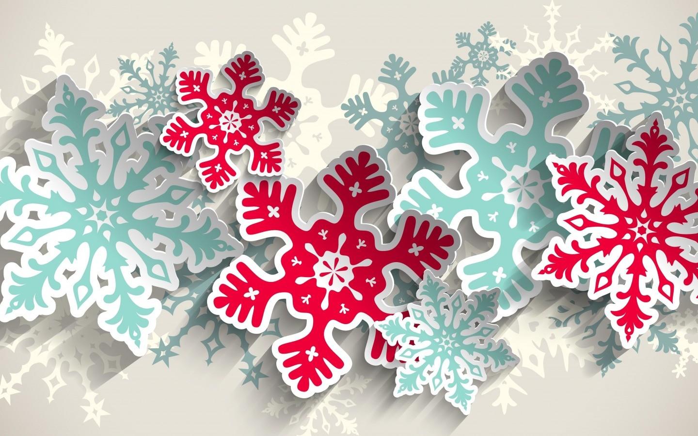 Большая снежинка своими рукам