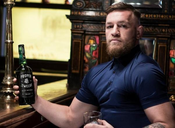 Конор Макрегор со своим виски