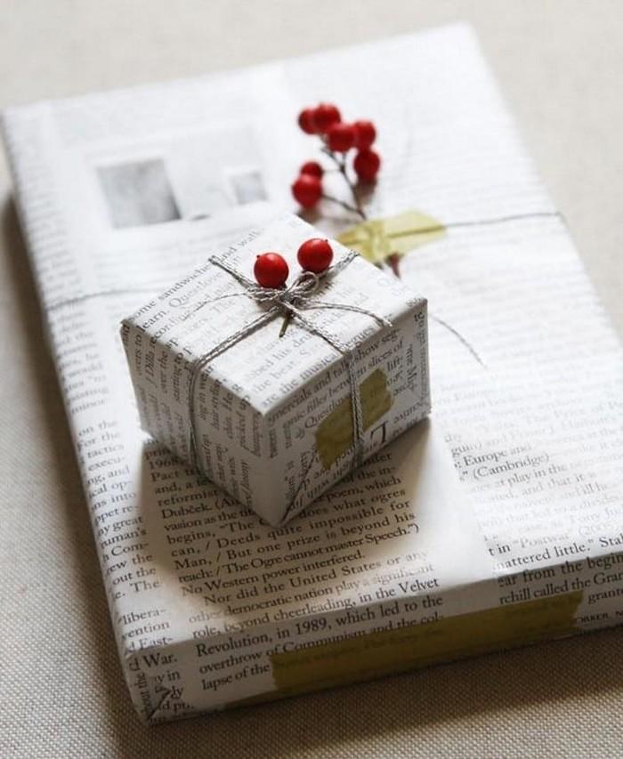 Красиво упаковать коробку с подарком газетой 15