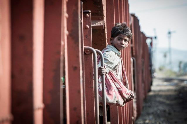 Кадр из фильма «Лев» (с официального сайта lionmovie.com/)